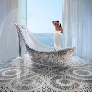 Чугунная ванна и варианты оформления