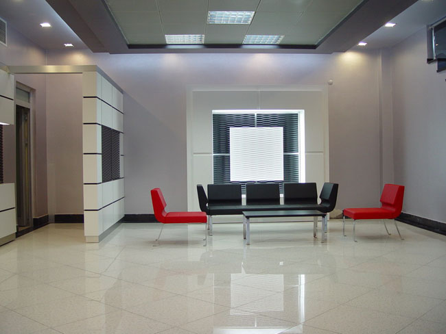 Фото оформления холла при помощи декоративных панелей