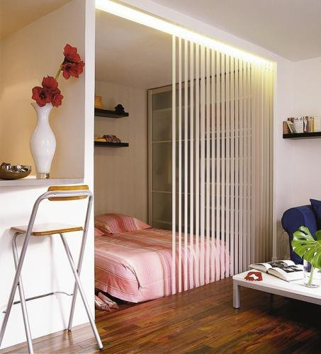 Дизайн квадратной спальни гостиной, идея оформления