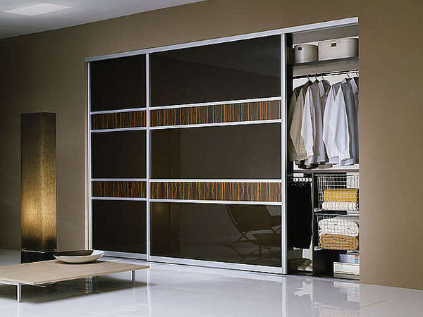 Встроенные шкафы-купе, комфорт и красота в вашем доме